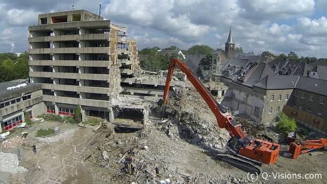 Rathaus-Abriss-Ratingen-2-by-Q-Visions-Media-Kopie